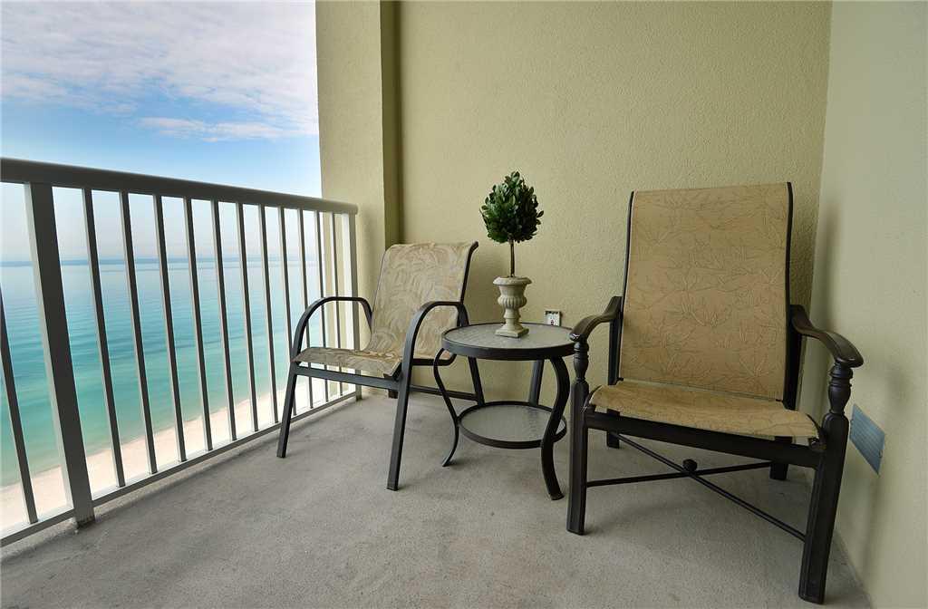 Grand Panama 1302 - Tower I 2 Bedrooms Beachfront Pool Wi-Fi Sleeps 8
