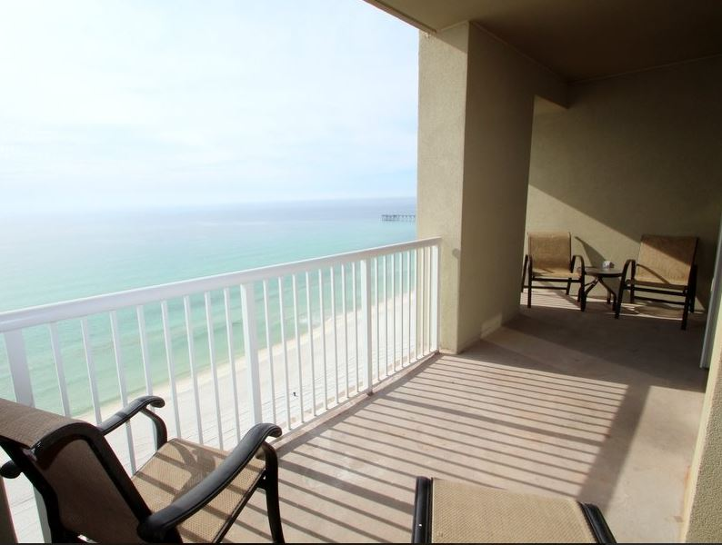 Grand Panama 1604 - Tower I 2 Bedrooms Beachfront Pool Wi-Fi Sleeps 8