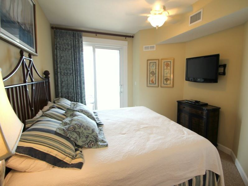 Grand Panama 904 - Tower I 2 Bedrooms Beachfront Wi-Fi Pool Sleeps 8 Condo rental in Grand Panama Beach Resort in Panama City Beach Florida - #14