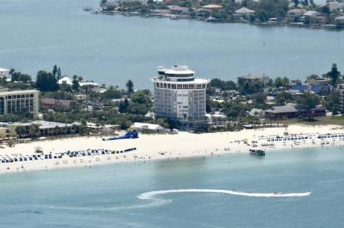 Grand Plaza Hotel Beachfront Resort In St Pete Beach Florida