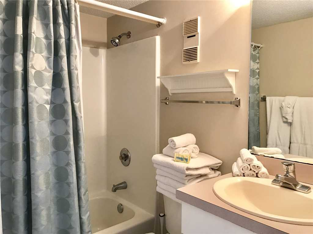 GS Surf & Racquet 704A Condo rental in Gulf Shores Surf and Racquet Club in Gulf Shores Alabama - #16