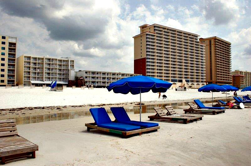 Best Western On The Beach - https://www.beachguide.com/gulf-shores-vacation-rentals-best-western-on-the-beach-8475923.jpg?width=185&height=185
