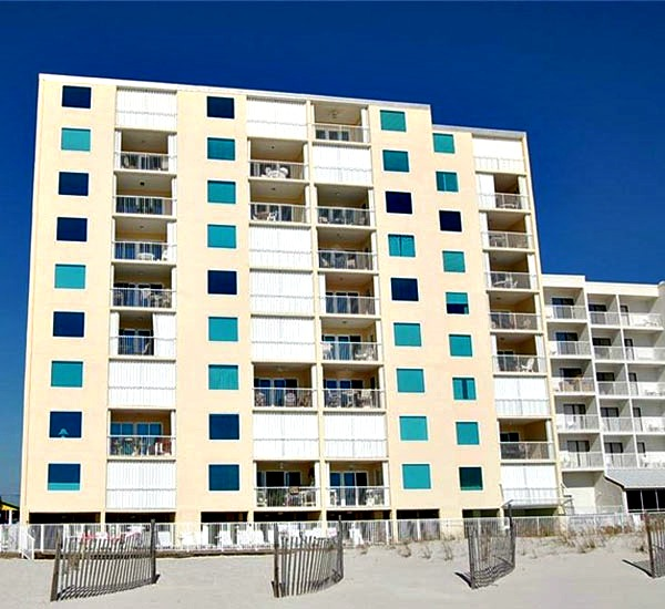 Beachfront property Castaways in Gulf Shores AL