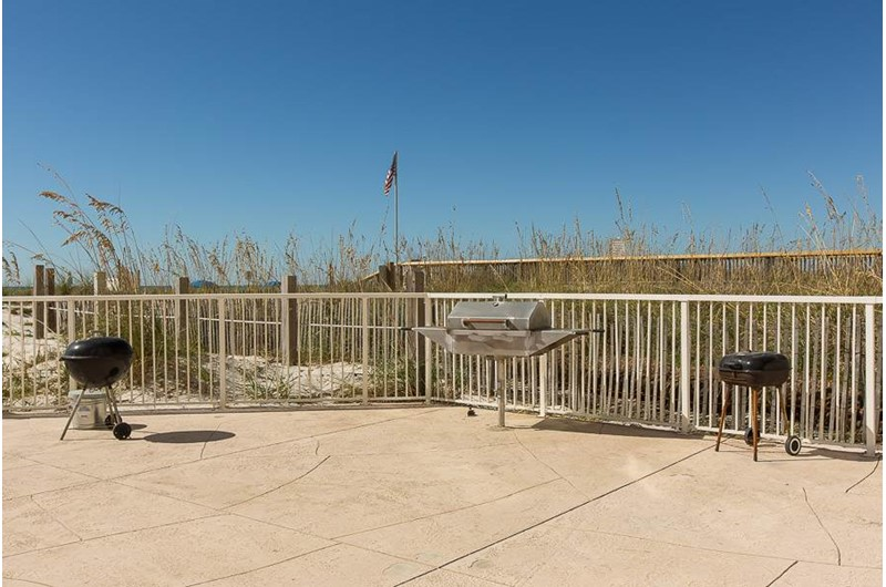 Grill area at Edgewater West in Gulf Shores Alabama