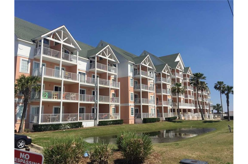 Grand Beach Resort are nice condos in Gulf Shores Alabama