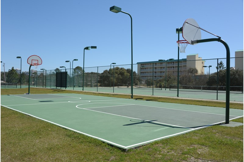 Tennis courts at Gulf Shores Plantation