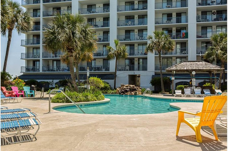 Huge pool and sunning area at Gulf Shores Surf and Racquet Club in Gulf Shores Alabama