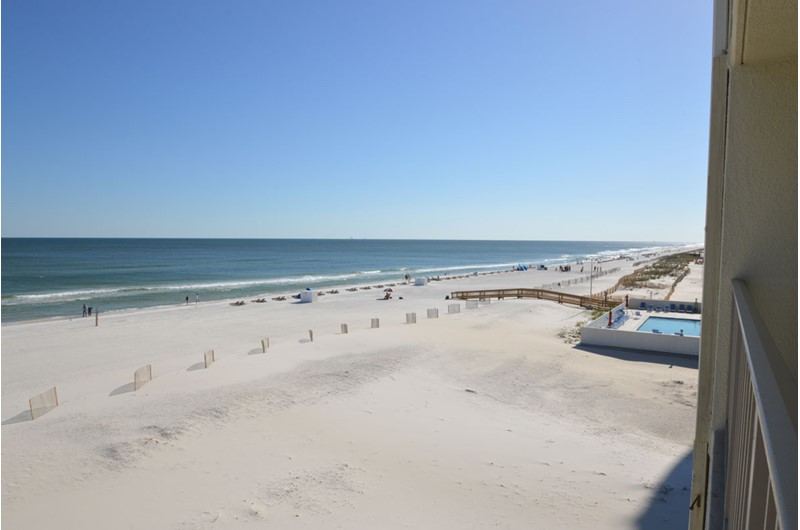 White sandy beaches at Gulf Village Gulf Shores AL