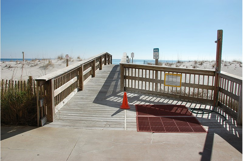 Easy access to the beach from Island Sunrise in Gulf Shores AL