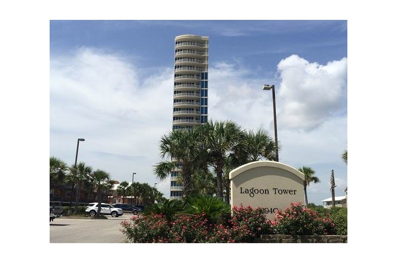 Lagoon Tower is a lovely condo in Gulf Shores Alabama