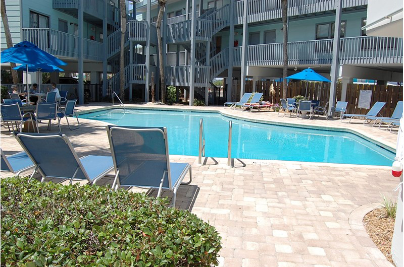 Lovely pool area at Ocean Reef Condos in Gulf Shores Alabama