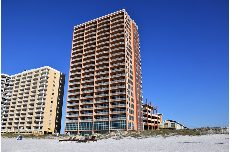 Phoenix Condos are right on the beach in Gulf Shores Alabama