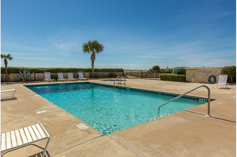 Nice pool area at Plantation Palms in Gulf Shores Alabama
