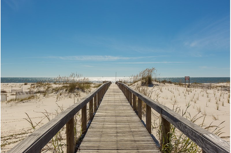 Boardwalk at Plantation Palms in Gulf Shores Alabama