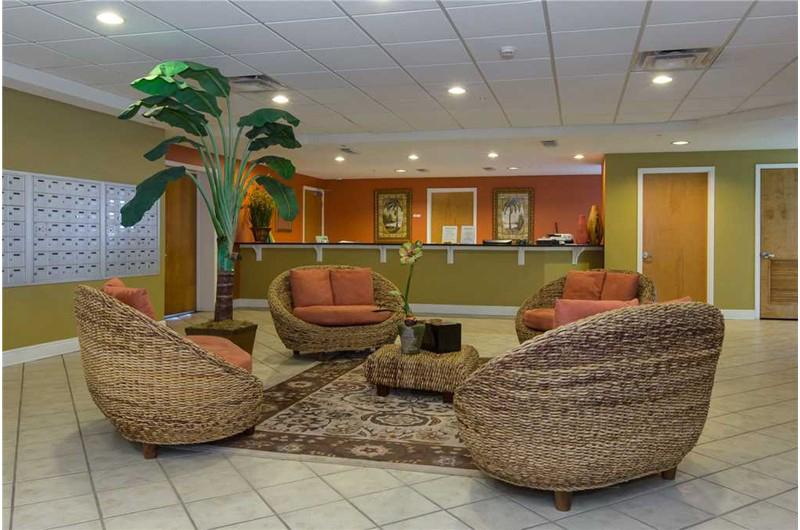 Confortable lobby area at San Carlos in Gulf Shores Alabama
