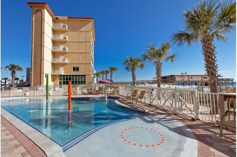 Very nice pool area at Seawind in Gulf Shores Alabama