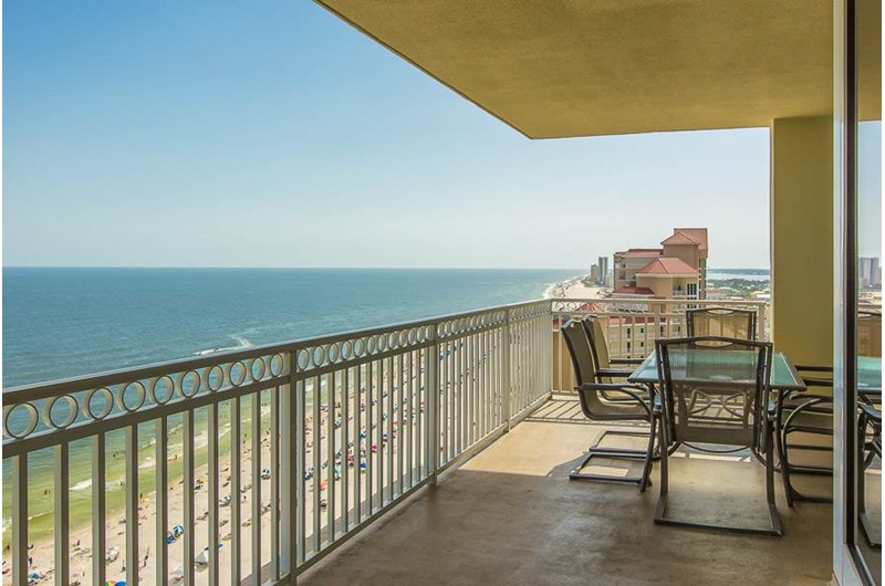 Large view from The Colonnades in Gulf Shores Alabama
