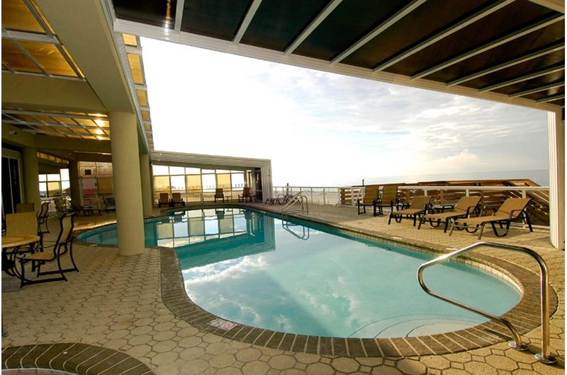 Very nice pool at The Colonnades in Gulf Shores Alabama