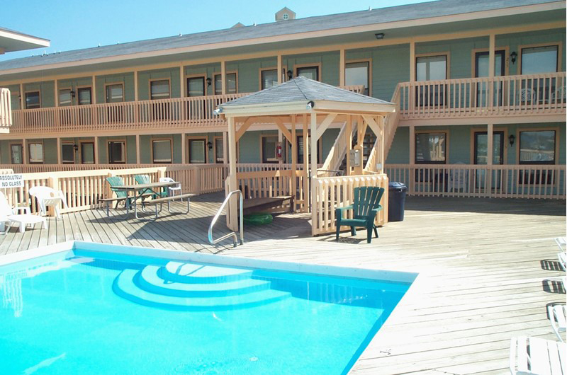 Nice pool area at The Cove in Gulf Shores Alabama