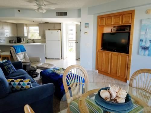 Gulf Strand Resort in St Petersburg FL 36