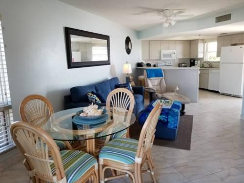 Gulf Strand Resort in St Petersburg FL 37