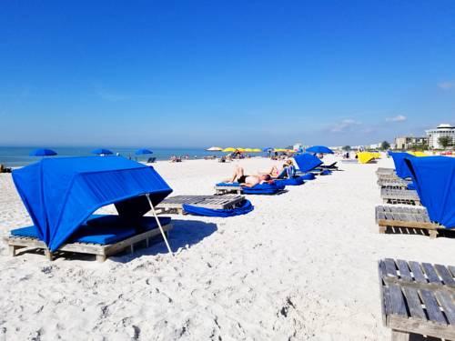Gulf Strand Resort in St Petersburg FL 46