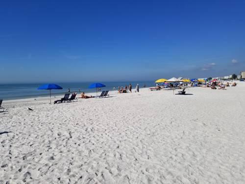 Gulf Strand Resort in St Petersburg FL 48