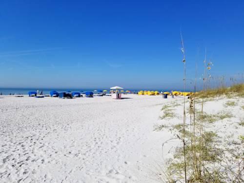 Gulf Strand Resort in St Petersburg FL 50
