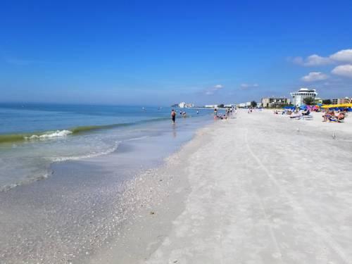 Gulf Strand Resort in St Petersburg FL 72