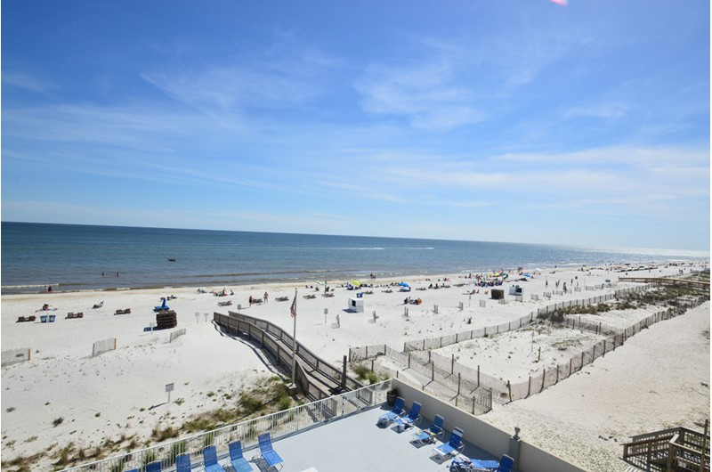 Gulf Tower Condos beautiful view in Gulf Shores AL