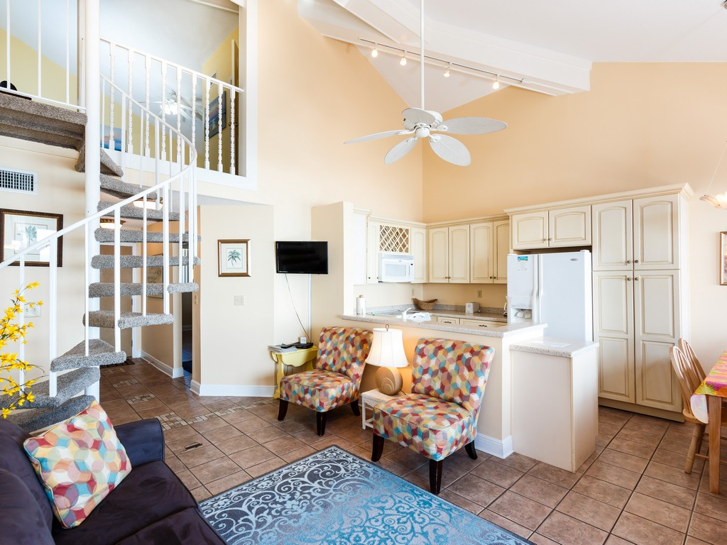Gulf Winds 402 Condo rental in Gulf Winds Pensacola ~ Pensacola Beach Vacation Rentals by BeachGuide in Pensacola Beach Florida - #2