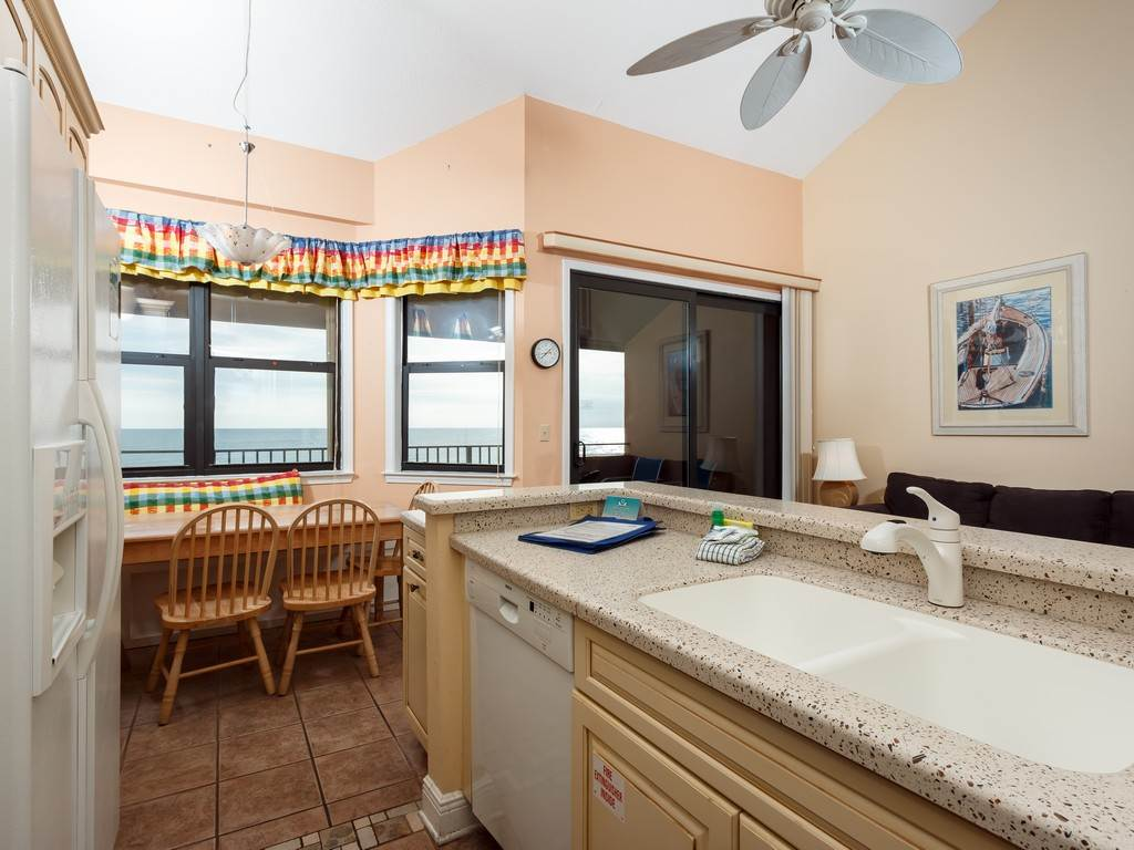 Gulf Winds 402 Condo rental in Gulf Winds Pensacola ~ Pensacola Beach Vacation Rentals by BeachGuide in Pensacola Beach Florida - #5