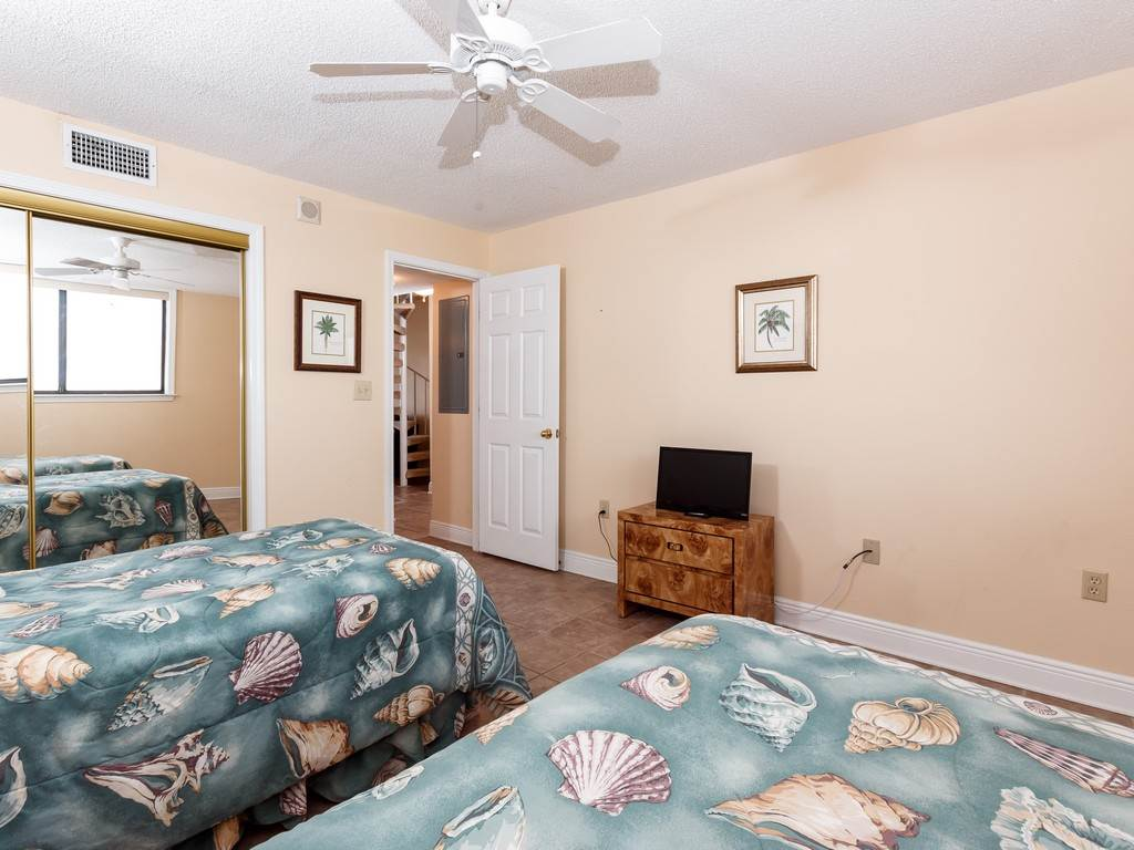 Gulf Winds 402 Condo rental in Gulf Winds Pensacola ~ Pensacola Beach Vacation Rentals by BeachGuide in Pensacola Beach Florida - #12