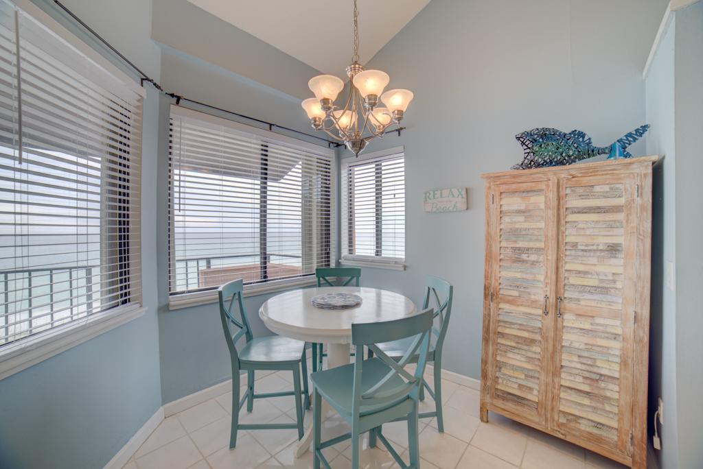Gulf Winds #404 Condo rental in Gulf Winds Pensacola ~ Pensacola Beach Vacation Rentals by BeachGuide in Pensacola Beach Florida - #5