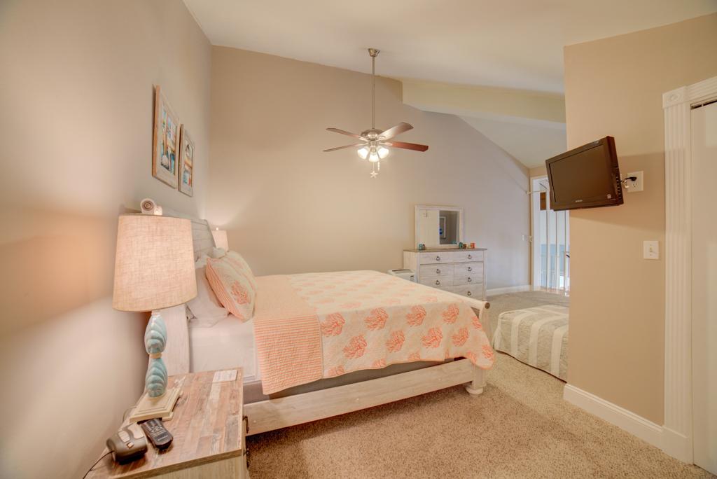 Gulf Winds #404 Condo rental in Gulf Winds Pensacola ~ Pensacola Beach Vacation Rentals by BeachGuide in Pensacola Beach Florida - #12