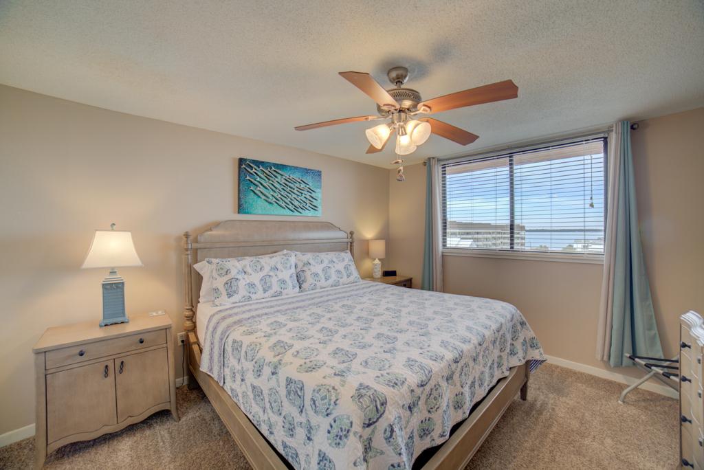Gulf Winds #404 Condo rental in Gulf Winds Pensacola ~ Pensacola Beach Vacation Rentals by BeachGuide in Pensacola Beach Florida - #14