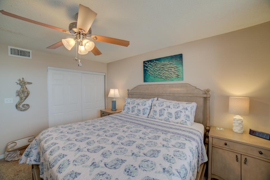 Gulf Winds #404 Condo rental in Gulf Winds Pensacola ~ Pensacola Beach Vacation Rentals by BeachGuide in Pensacola Beach Florida - #16