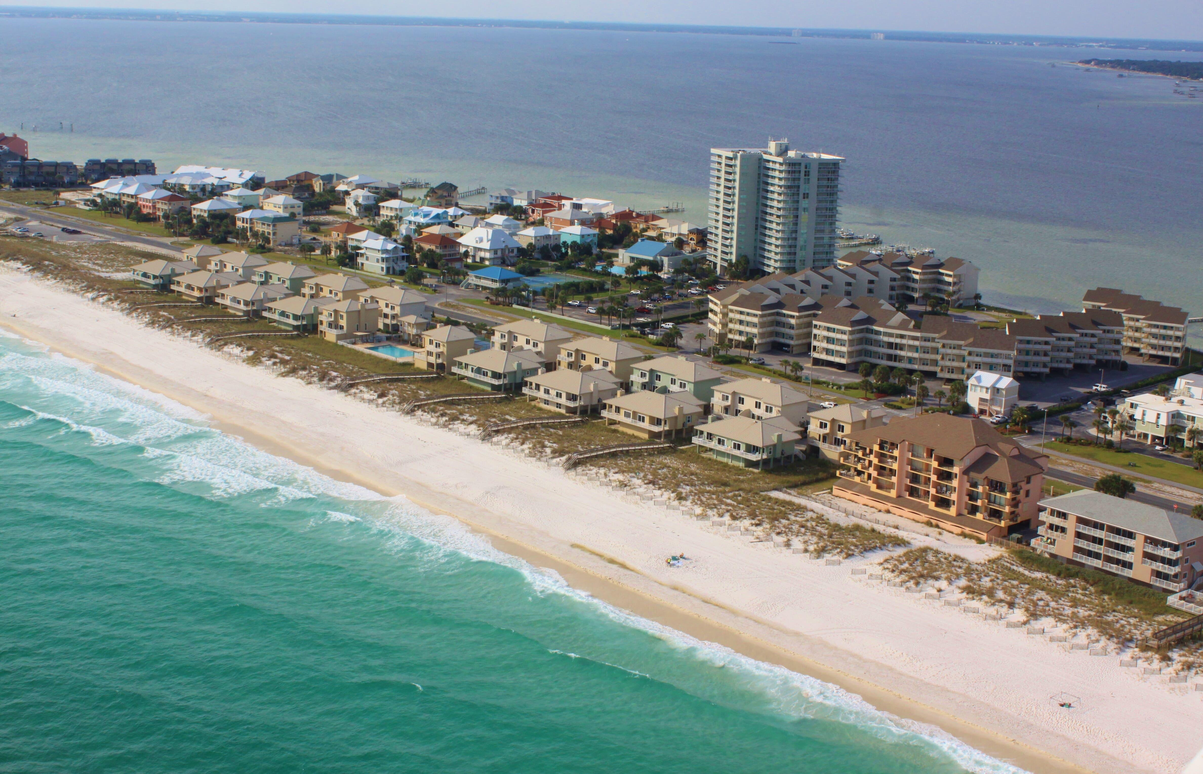 Gulf Winds #404 Condo rental in Gulf Winds Pensacola ~ Pensacola Beach Vacation Rentals by BeachGuide in Pensacola Beach Florida - #28