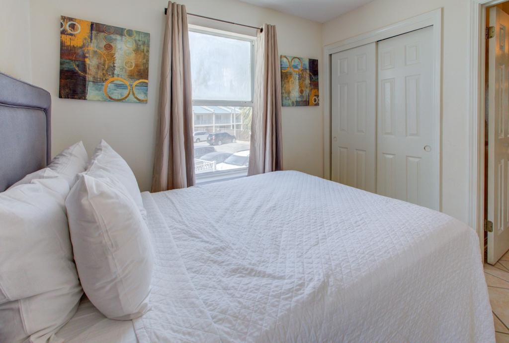 Gulfview II 2-201 Condo rental in Gulfview Condominiums in Destin Florida - #12