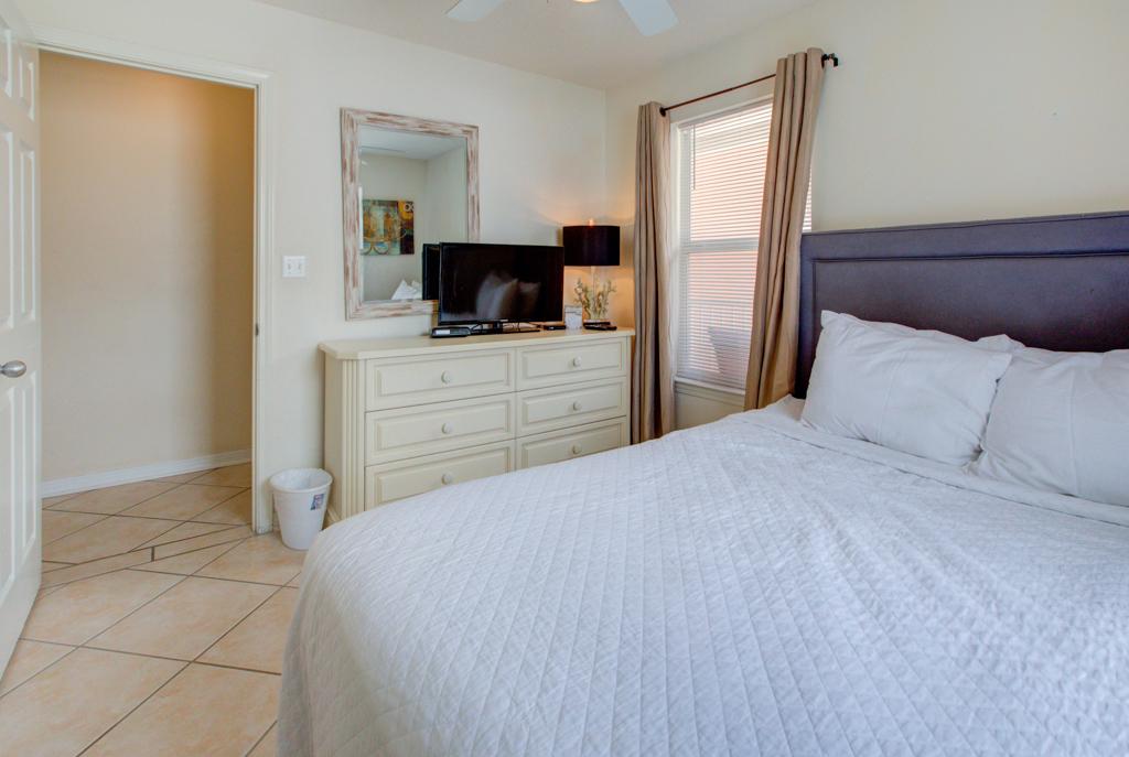 Gulfview II 2-201 Condo rental in Gulfview Condominiums in Destin Florida - #13