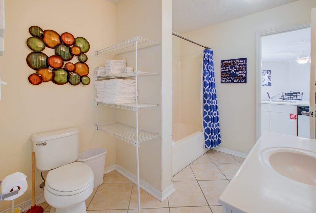 Gulfview II 2-201 Condo rental in Gulfview Condominiums in Destin Florida - #14