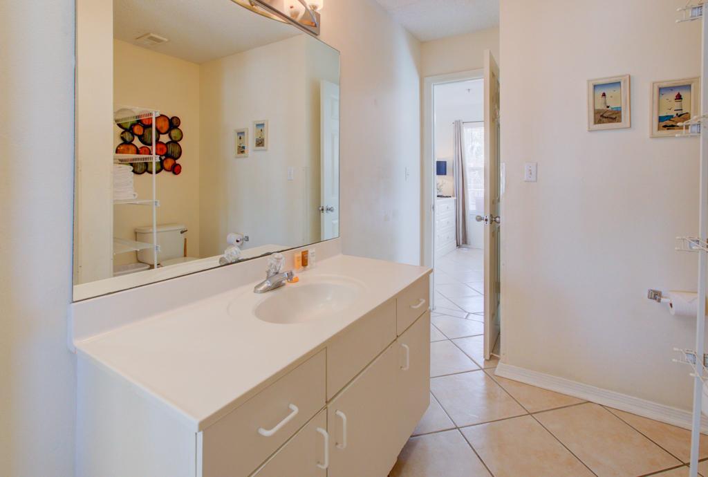 Gulfview II 2-201 Condo rental in Gulfview Condominiums in Destin Florida - #15