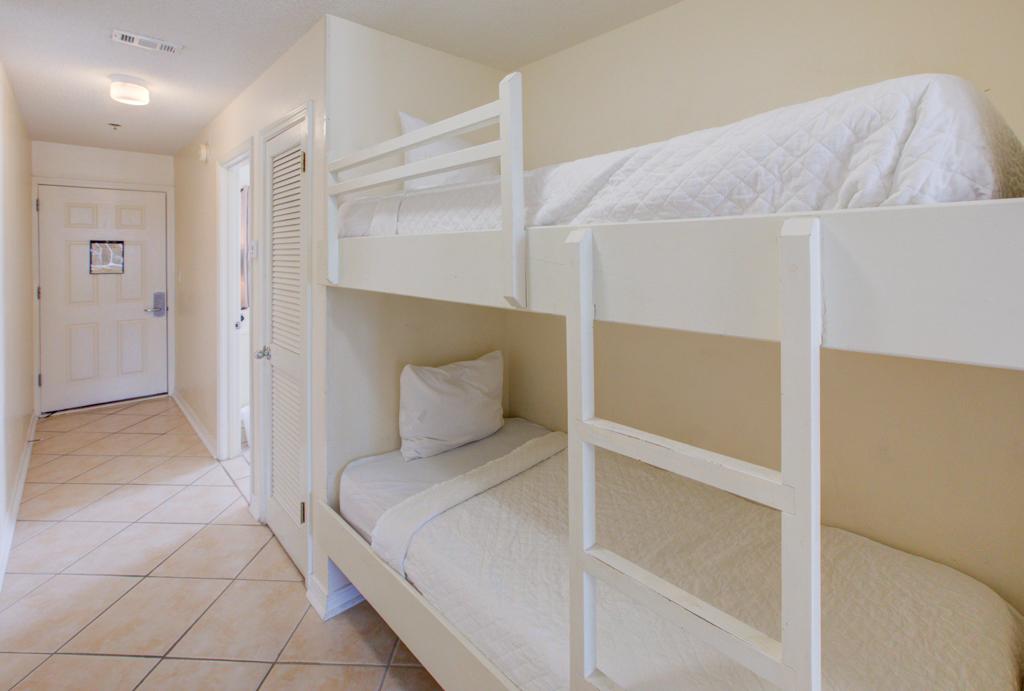 Gulfview II 2-201 Condo rental in Gulfview Condominiums in Destin Florida - #17