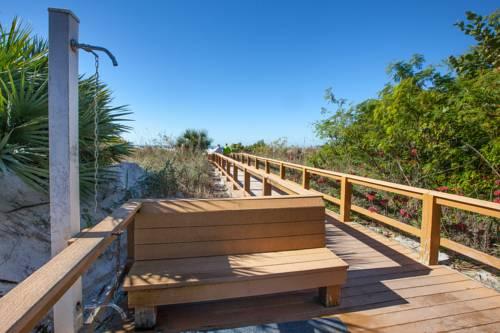 Gullwing Beach Resort in Fort Myers Beach FL 05