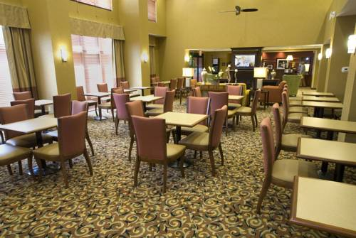 Hampton Inn & Suites Navarre in Navarre FL 47