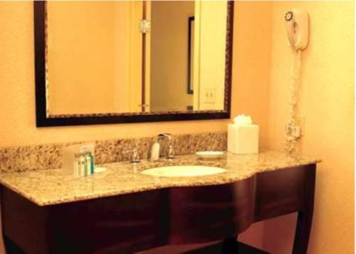 Hampton Inn And Suites Bradenton/downtown Historic District in Bradenton FL 81