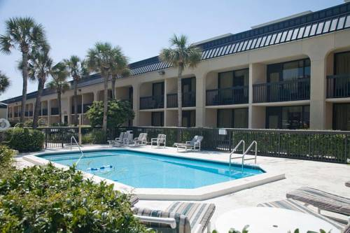 Hampton Inn Fort Walton Beach in Fort Walton Beach FL 68