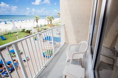 Hampton Inn Pensacola Beach in Gulf Breeze FL 72