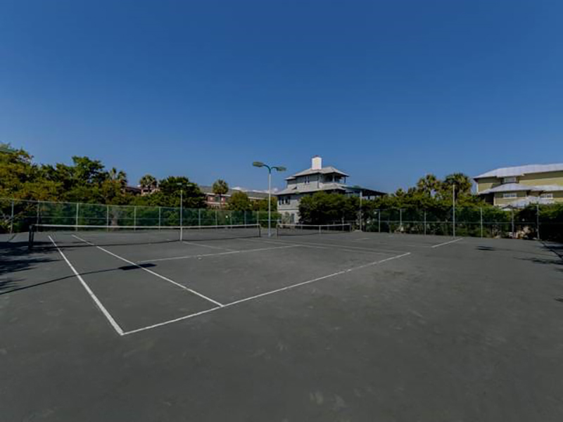 Play tennis at High Pointe Resort in Highway 30-A Florida