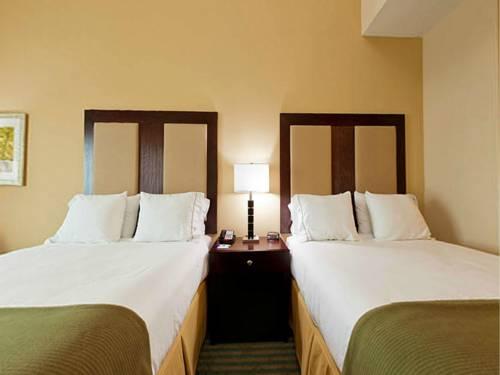 Holiday Inn Express Gulf Shores in Gulf Shores AL 14